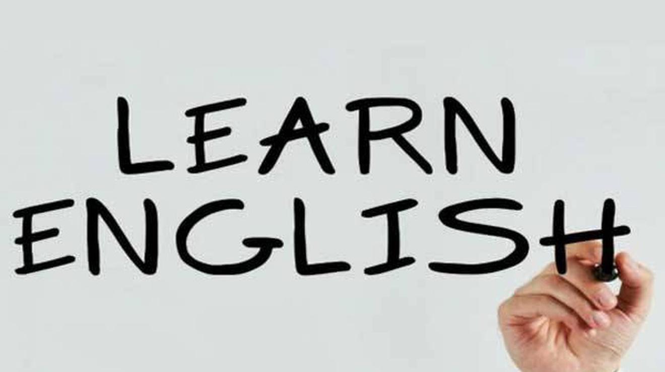 دوراتنا المكثَّفة والمكثَّفة جداً لتعليم الإنجليزية ستساعدك على أن تتطوَّر  خلال فترة قصيرة.